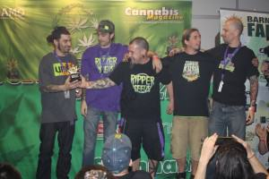 1º Premio Bio Indoor Ripper Seeds con Old School