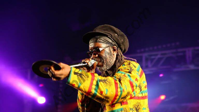 Macka B, légende vivante du Reggae