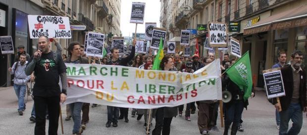 Marcha mundial del cannabis en Lyon (Francia)
