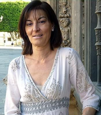 Araceli Manjón-Cabeza