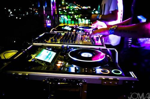 3 noches de fiesta con dj y todo