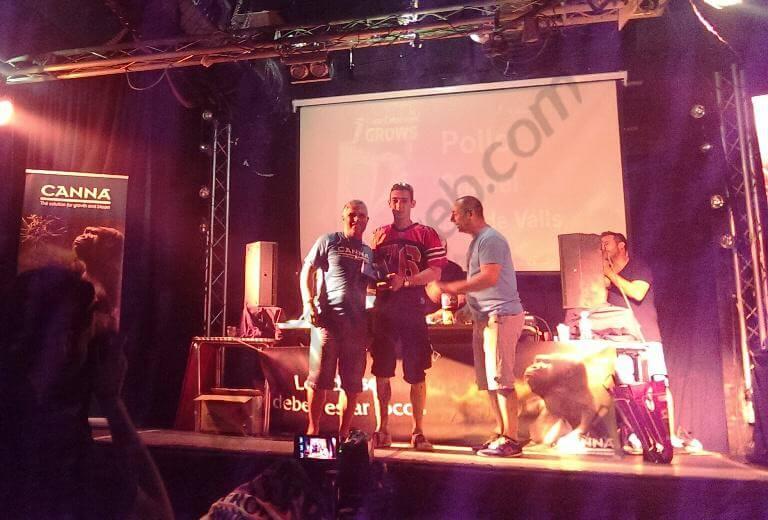 1er premio exterior amaterur Copa de Grows