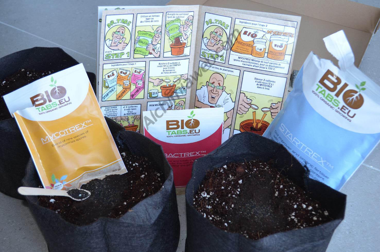 Los Smart Pots llenos de coco enriquecido con Bio Tabs, listos para recibir nuestras plantas de marihuana
