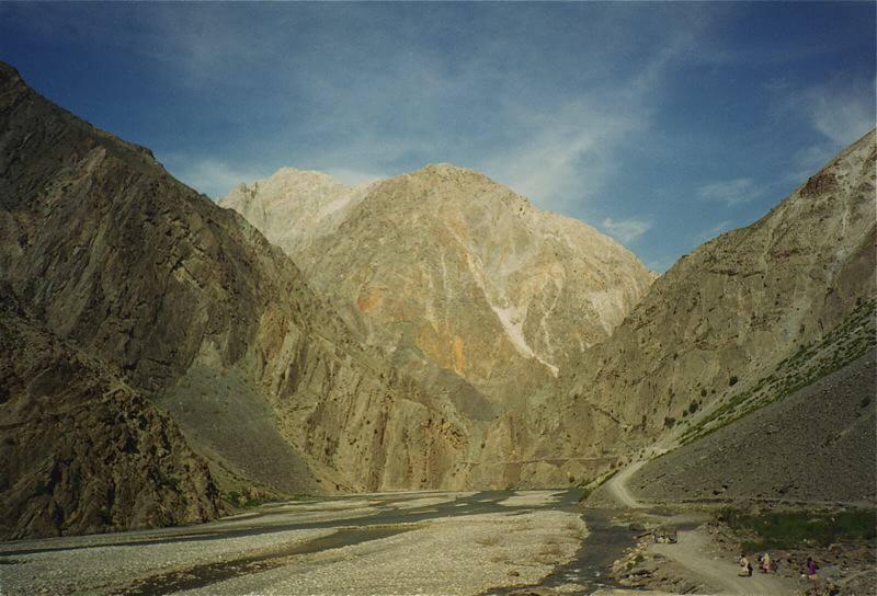 chitral valley, pakistan, hindu kush
