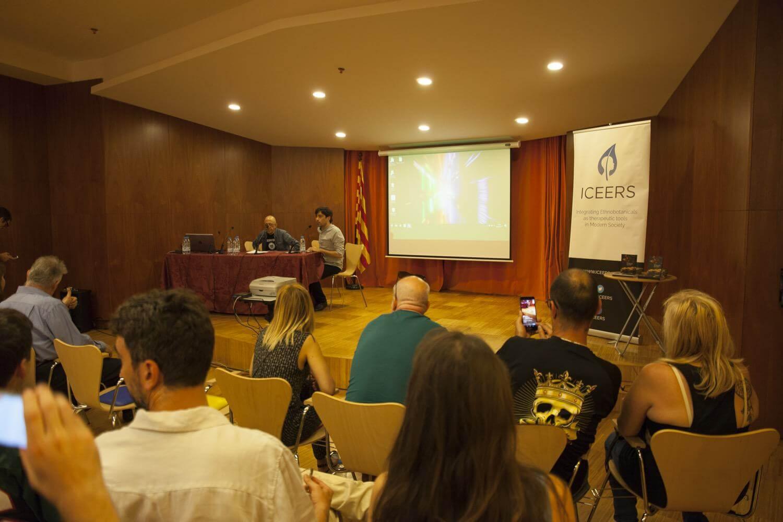 Oscar Parés en la presentación del 2º Encuentro Trimestral CANNABMED 2017