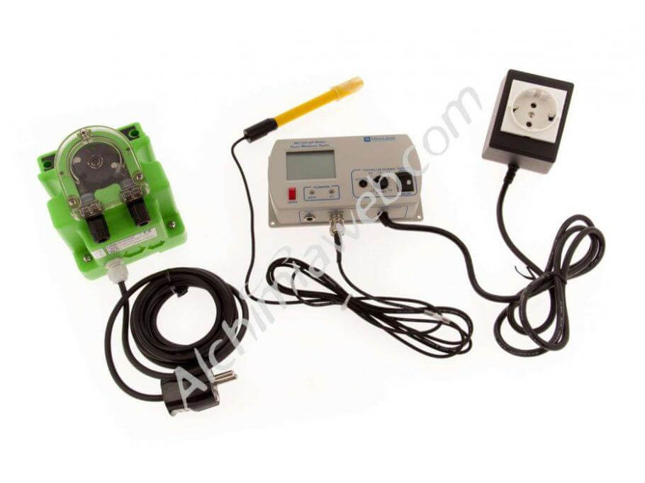 Milwaukee MC720 pH Pump Controller