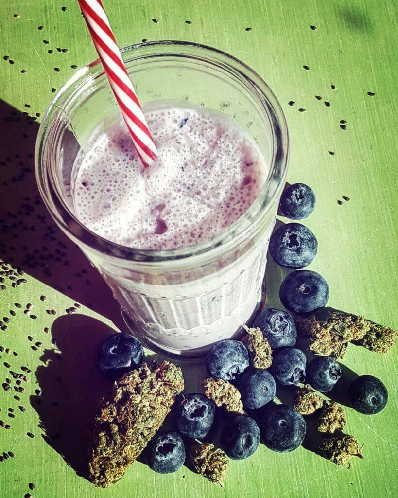 Cómo preparar batidos de leche y cannabis