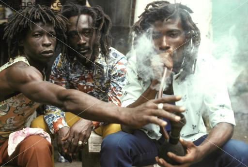 Ús espiritual, religiós i tradicional de la marihuana