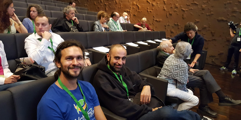 Representants d'Alchimia al costat del Professor Raphael Mechoulam
