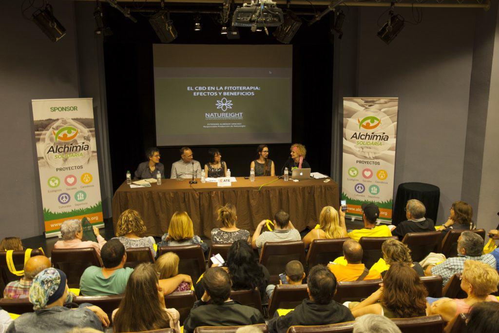Presentació de la 2a jornada d'Usos Terapèutics del Cànnabis a Figueres