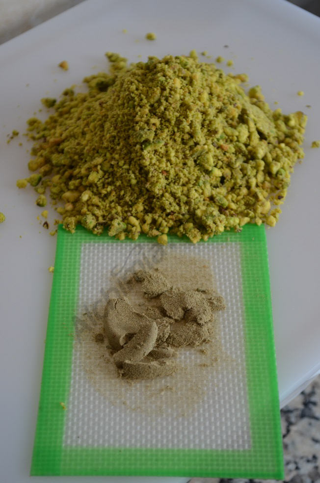 Pistachio and hashish, two of the main ingredients in the Dawamesk.