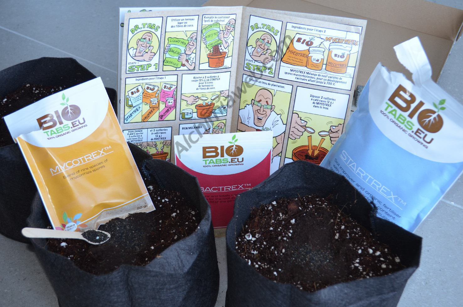 SmartPots filled with coco and enriched with BioTabs ready to receive our marijuana plants