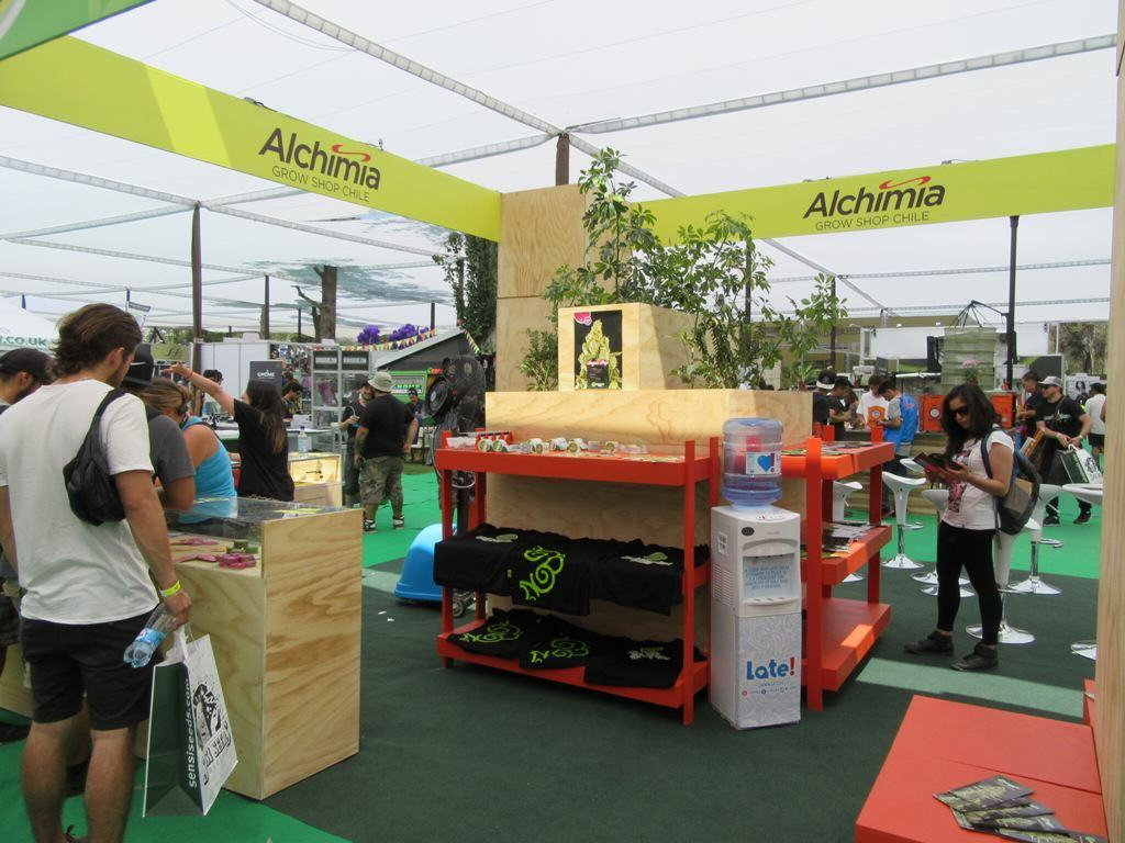 Alchimia and Philosopher Seeds booth at Expoweed Chile