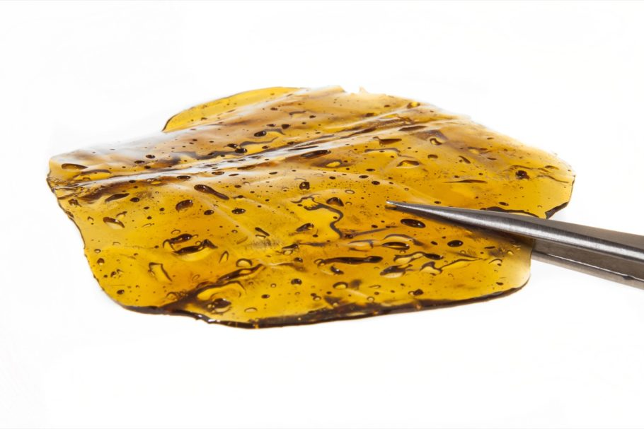 Solid and brittle BHO