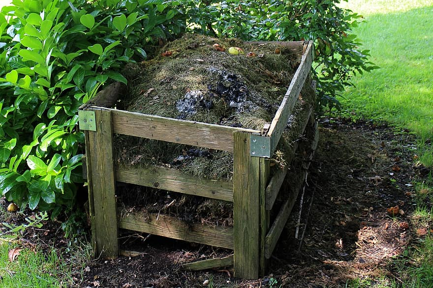 Organic matter loses a lot of weight in traditional composting