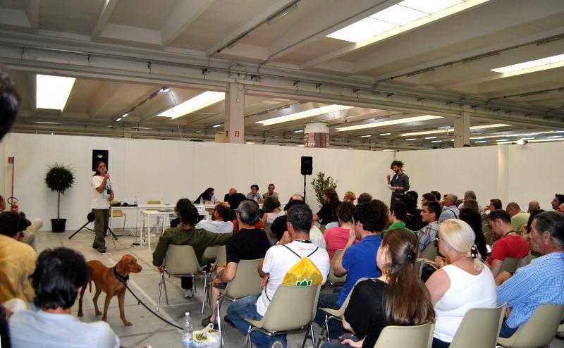 Conférences et débats autour du cannabis