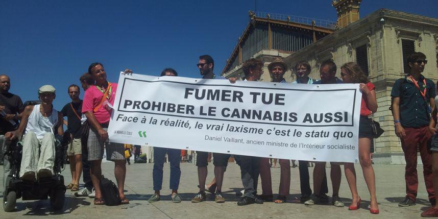 La prohibition du cannabis fait bien d'avantage de dégâts que la plante elle-même