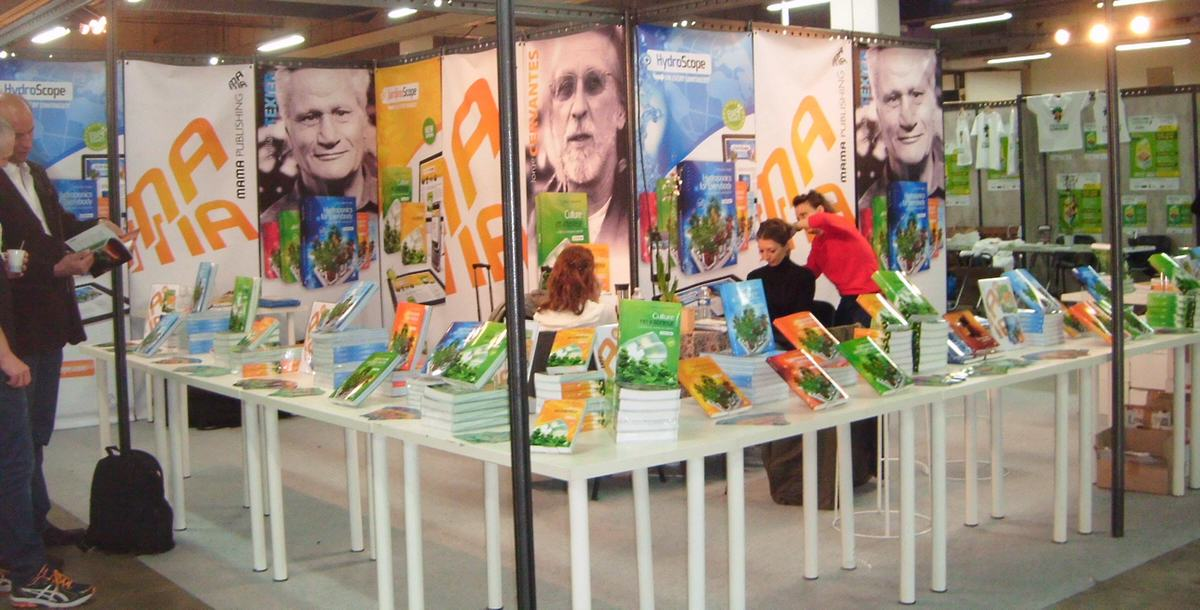 Le stand Mama Editions