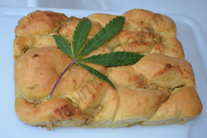 La brioche au cannabis est prête à être dégustée.
