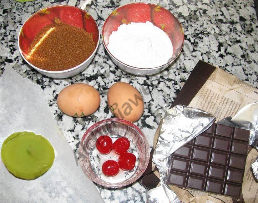Ingrédients des cookies : chocolat blanc, beurre de Marrakech, sirop de fraise...