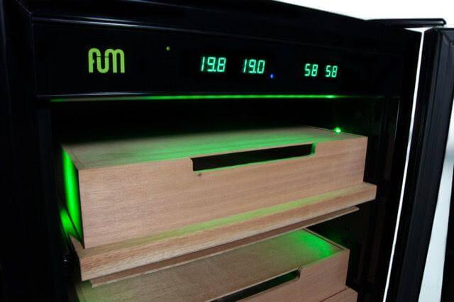 Cave électronique FUM XL pour le curring et la conservation du cannabis