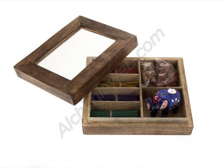 Wooden box incense set